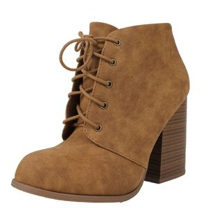 Shoes - Tan Lace Up Closed Toe Stacked Block Heel Ankle